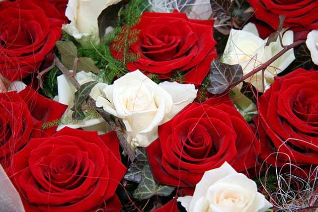 Zum Muttertag ein Strauß Rosen