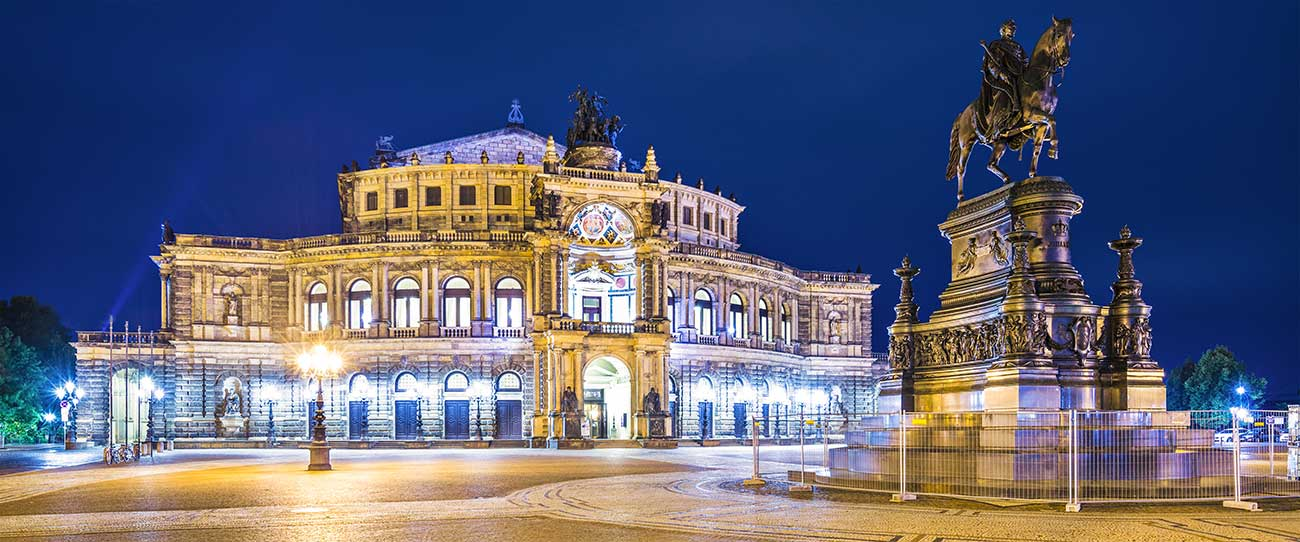Dresden Panorama bei nacht