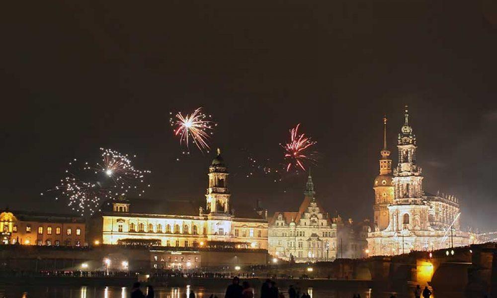 Silvester Feuerwerk in Dresden